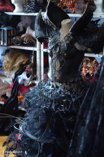 tutu noir corset armure noir black armor show Fraise au loup