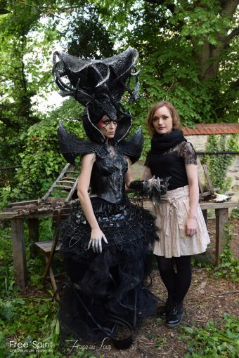 Costume de la reine noire EMAJINARIUM Free Spirit Fraise au loup